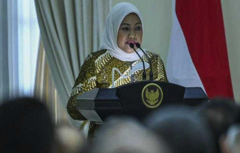 Dra. Hj. Ida Fauziyah, M.Si. Menteri Tenaga Kerja Republik Indonesia
